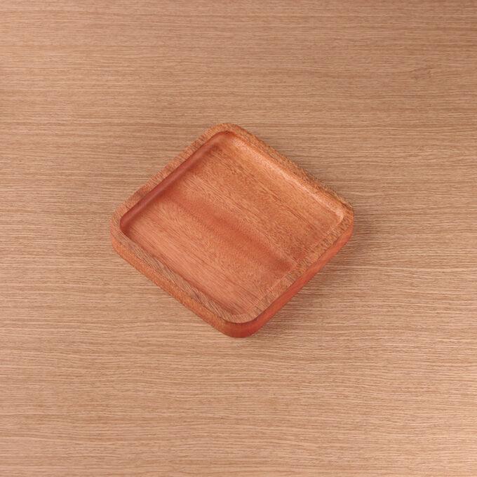 Rita Plate Kayu Mahoni Kayukama Side View